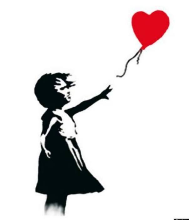 little girl with ballon heart